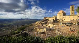 Basta con le inutili perdite di tempo per trovare il tuo hotel ideale a Volterra.